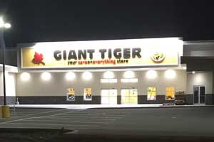 Giant Tiger store exterior lighting